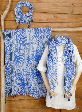 BW-Schal: Batik Art in blau